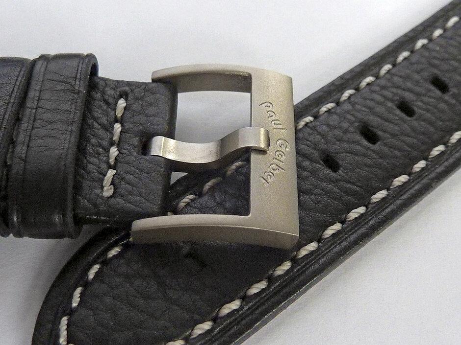 Modell 42 | Lederband (Kalb) mit Titanschliesse