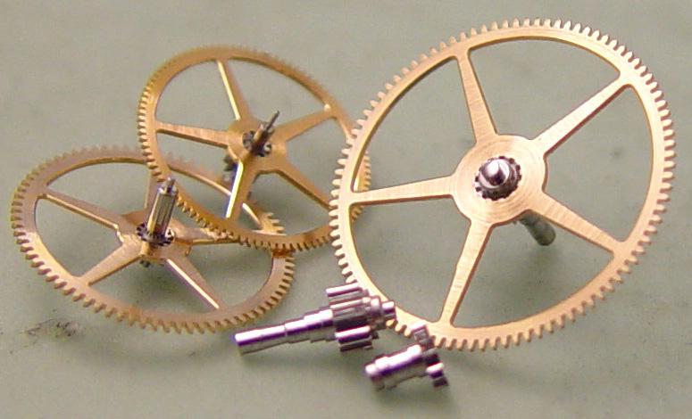 Modell 33 | Roségoldräder und Stahltriebe