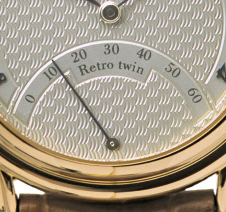 Retro Twin | The retrograd second hand